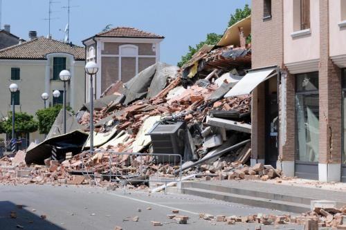 IMU su case inagibili: cittadini cornuti e mazziati