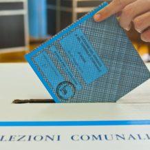 Ai ballottaggi con un voto antifascista