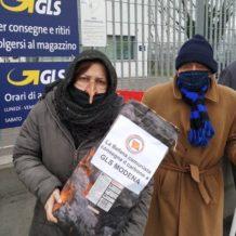 La Befana Comunista porta il carbone alla GLS
